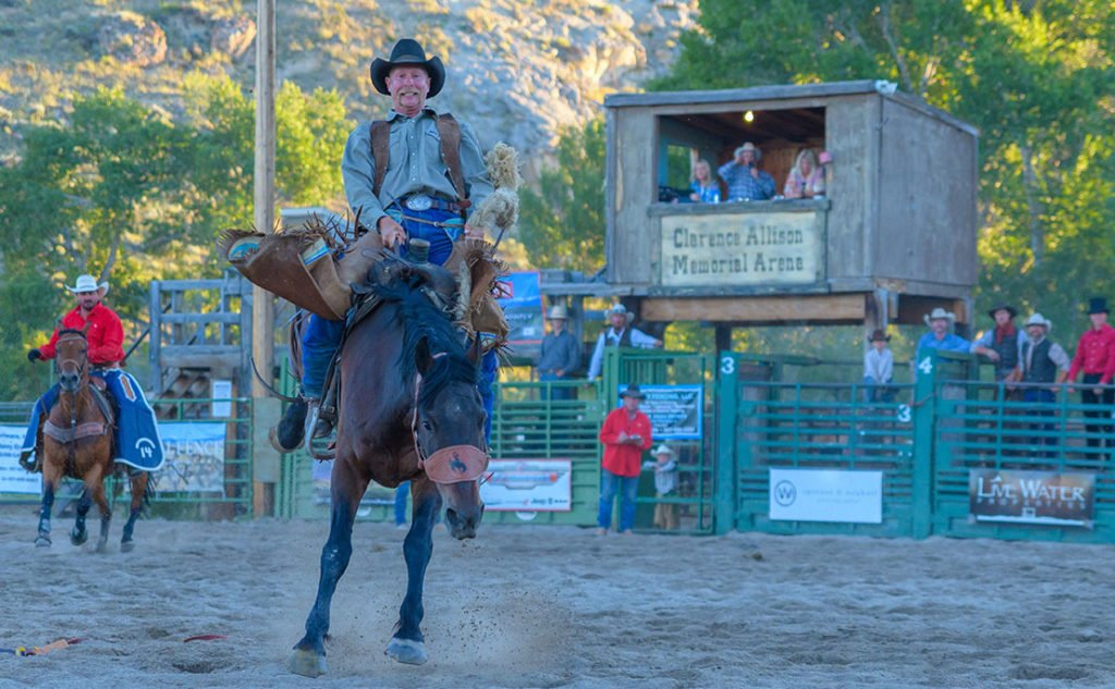 Dubois Wyoming Friday night rodeos